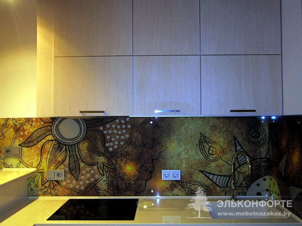 Угловая кухня из шпона Африка