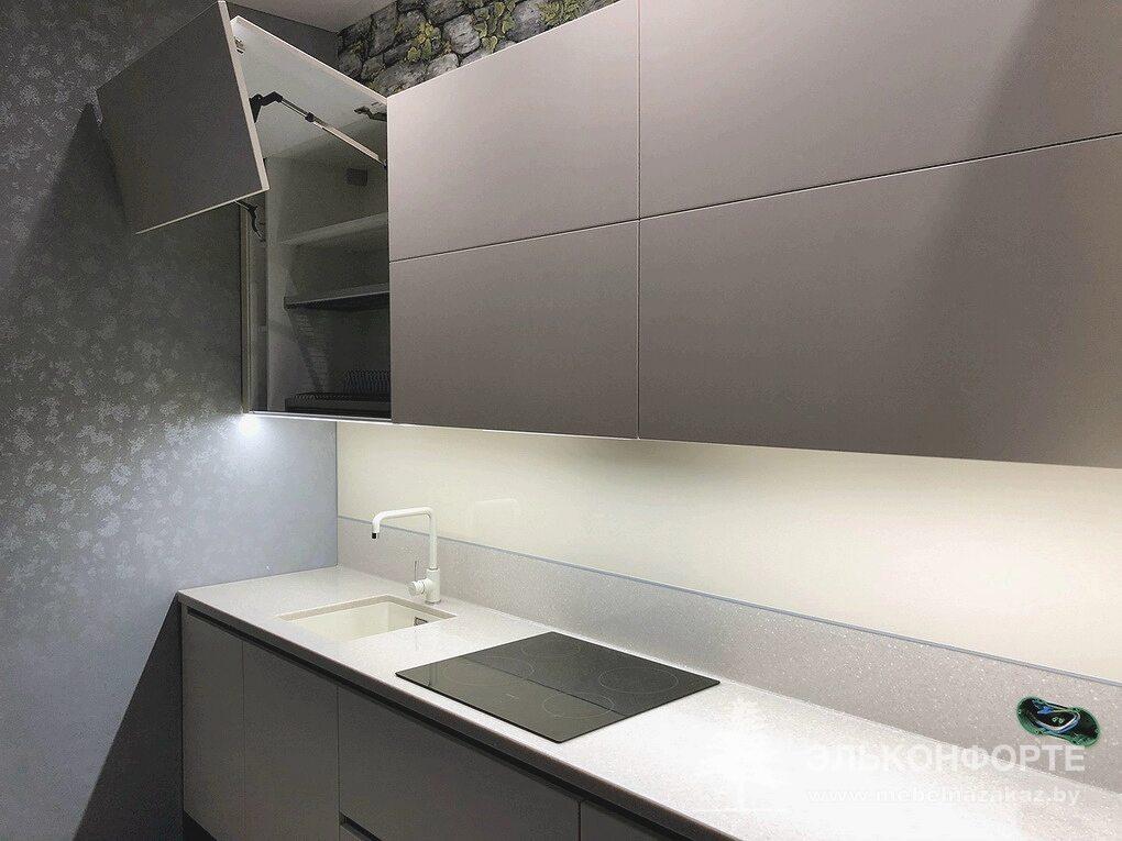 Прямая белая кухня Грета